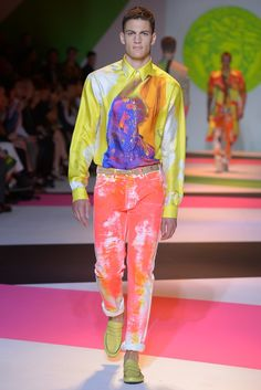 Versace Men's RTW Spring 2014 - Slideshow - Runway, Fashion Week, Reviews and Slideshows - WWD.com