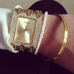 ee4b6b8d2ef Guess Watch! - GlamyMe Bracelet Watch