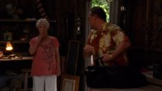 "Burn Notice 3x11 ""Friendly Fire"" - Sam Axe (Bruce Campbell) & Madeline Westen (Sharon Gless)"