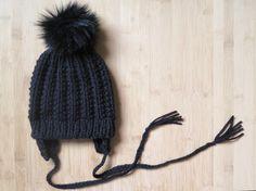 61840e275ac Baby flap hat with faux fur pompom - Knitted hat with ear flaps and cords -  Knit fur pom hat - Knitted beanie with fur pom. Tuque Pompon FourrureBonnet  ...