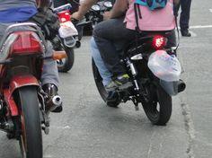 """¡ALERTA! Vía @reiaresnd """"Bolsas plasticas a las placas; así operan los colectivos cubanos del terror"""""""