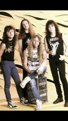 Metallica with Cliff Burton. Jason Newsted, Cliff Burton, Robert Trujillo, James Hetfield, Metallica Band, Metallica Quotes, Ron Mcgovney, Dave Mustaine, Rock Music