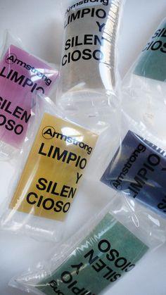 Campaña de Marketing Directo para hacer llegar una muestra de suelo de Linoleo a Arquitectos españoles. Transmite las principales propiedades del suelo. 2011. Armstrong SLW