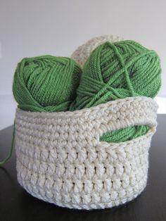 Stash Basket with Handles pattern by Aja Reeser ~ free pattern