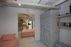 Greece, Villa, Island, Outdoor Decor, Home Decor, Block Island, Homemade Home Decor, Fork, Islands