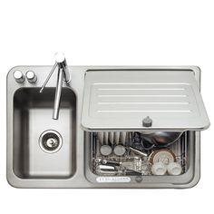 Questa lavastoviglie ha delle dimensioni ridotte e sfrutta lo spazio del lavandino. L'idea è quella di cucinare e sistemare quasi contemporaneamente, grazie a piccoli carichi di bicchieri, posate, utensili e pentole fino a 29 cm di diametro. In-Sink™ è caratterizzata da una grande flessibilità: se occorre più spazio, è sufficiente rimuovere il cestino e In-Sink™ diventa un normale doppio lavello; con il coperchio chiuso, diventa invece un comodo piano di …