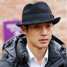 Kim Hyun Joong 김현중 ♡ IG ♡ Kdrama ♡ Kpop ♡ hat ♡