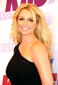 She looks so great! Go Britney :)