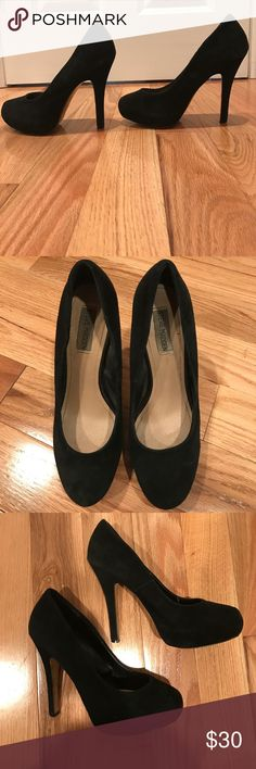 Steve Madden black swede pumps Black swede closed toe Steve Madden pumps. Size 9. Great condition. Minimal scuffing. Sole is a bit worn. These sexy 4 inch pumps have a lot of partying and dancing left in them. Steve Madden Shoes Heels