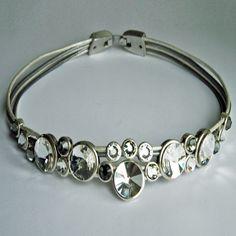Sparkling DJewels bracelet! Makes everyone shine :-)