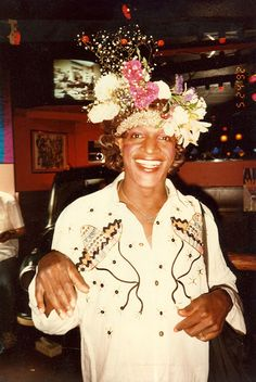 Marsha P. Johnson - Gay liberation activist and drag queen. Known as an outspoken advocate for gay rights, Johnson was one of the prominent figures in the vanguard of the Stonewall uprising in 1969 Women In History, Black History, Sylvia Rivera, Stonewall Riots, Stonewall Uprising, Corpus, Black Leaders, Black Trans, Lgbt Rights