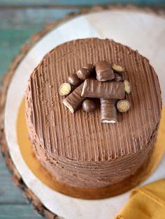 Colors in the Kitchen: Torta sós karamell-, vanília- és csokoládékrémmel Cake Recipes, Dessert Recipes, Food, Caramel, Easy Cake Recipes, Essen, Meals, Desert Recipes, Yemek