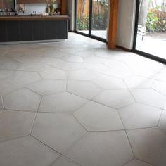 "ANN SACKS Ogassian Concrete 31-3/4"" x 23-3/4"" penta floor large field in light grey"