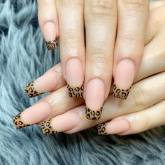 The range of French manicure ideas is so wide and versatile that you will easily find an option to match your preferences and style. Head over to our selective collection to choose the nail design that resonates with you most. French Manicure Nails, Manicure E Pedicure, French Nails, Gel Nails, Manicure Ideas, Nails French Design, French Acrylic Nails, Stiletto Nails, Nail Ideas