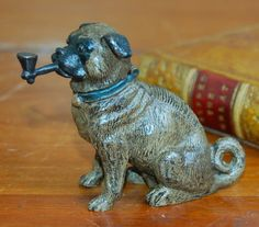A Stunning Antique Cold Painted Bronze Smoking Pug Dog Vesta Striker Geschutzt