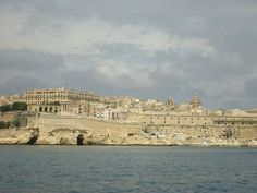 View around grand harbour My Family History, Malta, Paris Skyline, Louvre, Spaces, Country, Building, Travel, Beautiful