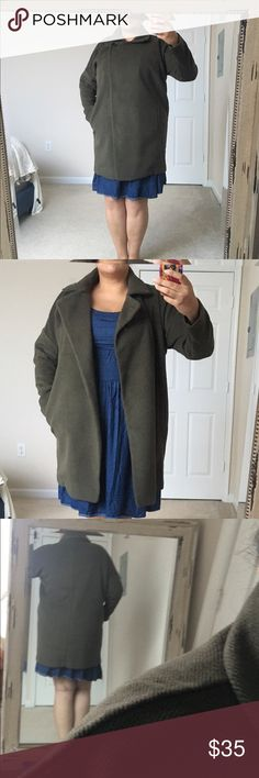 "Forever 21 Coat Worn about twice. Hunter green felt jacket with one button closure. Very warm and comfy. 🍀 For reference I am 5""9 and wear a size 18/20 with a 44C bust. NO TRADES. 24 hour holds only. Please submit any offers via the Offer Button. I will NOT negotiate prices in comments. Lowball offers will result in being blocked. Happy Poshing! 🍀 Forever 21 Jackets & Coats"