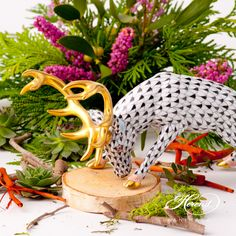 Deer is painted in Vieux Herend (VHNM) Black Fish scale design. This fishnet or fish scale pattern is a typical motif of the Herend. It can be ordered in 14 different VH (fishnet/fish scale) colors. Scale Design, Fish Scales, Deer, Porcelain, Table Decorations, Traditional, Canning, Pattern, Animals