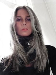 For those of you considering going Grey, here is some interesting truth. | ANNIKA VON HOLDT | Bloglovin'