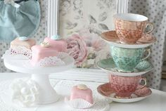 cakes and cups