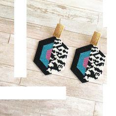 Peyote Beading Patterns, Loom Bracelet Patterns, Bead Loom Bracelets, Beaded Jewelry Patterns, Loom Beading, Seed Bead Earrings, Beaded Earrings, Bead Crafts, Jewelry Crafts