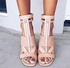 Shoe Obsession // Gorgeous strappy sandals.