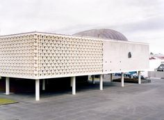 Whanganui War Memorial Hall, by Gordon Smith of the Auckland Architectural Partnership, Greenhough, Smith and Newman. Brutalist, Present Day, Military History, Auckland, Modern Architecture, New Zealand, Breeze, Buildings, Gardening