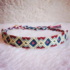 #DIY Inspiration : Friendship Bracelet