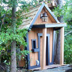 Rustic Topsy-Turvy Mountain Lodge from PoshTots