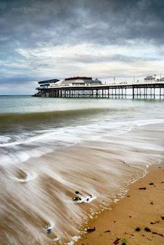 Cromer Pier, Norfolk, UK www.tonyeveling.com