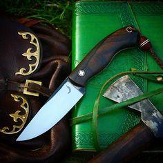 Trollsky knives Survival Tools, Survival Knife, Knife Patterns, Shelter Tent, Bushcraft Knives, Cool Knives, Cool Gear, Knife Sheath, Custom Knives