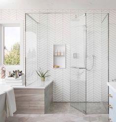 Walk-in shower with floor to ceiling white herringbone tile + glass shower doors + spa like bathroom design Bathroom Interior Design Tuile Chevron, Chevron Tile, Chevron Walls, Bad Inspiration, Bathroom Inspiration, Modern Bathroom Design, Bathroom Interior Design, Bathroom Designs, Bath Design