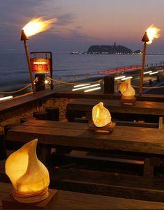 都心から1時間で南国リゾート!湘南の海が見える絶景カフェ10選 | RETRIP