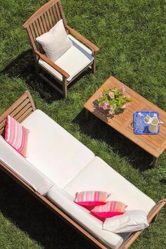 Say hello to three levels of grassy gardens. Deris Bosphorus Lodge (Istanbul, Turkey) - Jetsetter