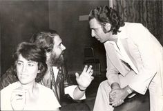 Vangelis with Irene Papas and journalist Yannis Flessas. Irene Papas, Ali Mcgraw, Katharine Hepburn, Best Actress, Wonders Of The World, Che Guevara, Actresses, Film, Fictional Characters