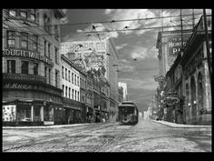 A simulated time-lapse [VIDEO] created with elements from thousands of pictures, each scene starts with a historical photograph from the Toronto Archives. Social Studies Communities, Social Studies Curriculum, Teaching Social Studies, Toronto City, Downtown Toronto, Canadian History, Great Films, Social Science, Visual Communication