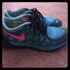 Nike free turquoise sneakers In good condition some very light wear but has a lot of life left. Nike Shoes Sneakers
