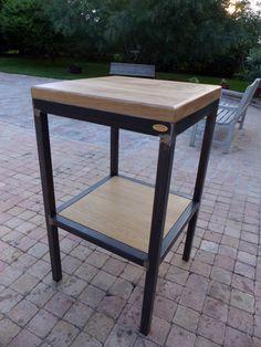 fabrication table d'appoint style industriel bois et mètal sur mesure