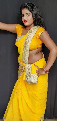 Indian Actress Hot Pics, Beautiful Indian Actress, Indian Actresses, Beautiful Girl In India, Beautiful Saree, Girl Pictures, Girl Photos, Beautiful Rose Flowers