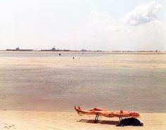 Joël Sternfeld, Little Talbot Beach, Florida. September 1980. Chromogenic color print, printed 1980, 13 9/16 x 16 15/16\