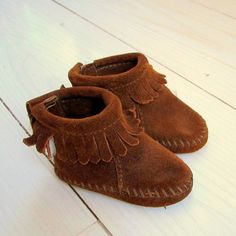 Vintage Minnetonka Moccasins for Baby. Willow Moon Vintage on Etsy.