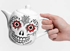 This teapot is perfect for any Dia de los Muertos celebrations.