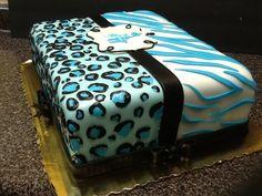 Baby Blue Safari baby shower theme cake