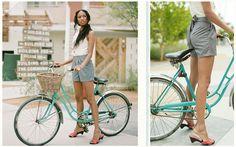 oh. my. goodness. I need a bike like that. To me, vintage bike = summer.