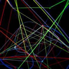 Open Geometry. Aus der Serie Metamathematik. 2013 Rotierendes Raumobjekt aus Draht, Leuchtfarbe und Leuchtwolle Skulptur, Objekt, Video, Installation, Fotografie Markus Wintersberger 2013  #opengeometry #metamathematic #draht #skulptur #analogdigital #schwarzlicht #raumcollage #schwingung #architektur #raumzeichnung #markuswintersberger