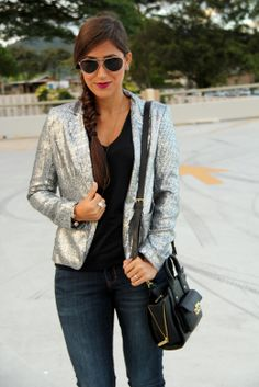 Adding a touch of glam to a casual outfit looks great...but how do the sequins hold up, especially when throwing bag on the shoulder?