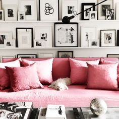 So in love with this entire set up! Pinks and Grays! #pink #gray #homedecor #home #blackandwhite