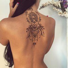 "Veronica Krasovska on Instagram: ""Lotus #henna piece with mandala ✨ #veronicalilu"""