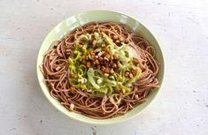 Špagety s pórkovou omáčkou Spaghetti, Ethnic Recipes, Kitchen, Food, Cooking, Kitchens, Essen, Meals, Cuisine