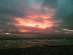 #Sunset #RedSky #SkyLovers #Horizon #SeaView #BrackleshamBay #Chichester #WestSussex